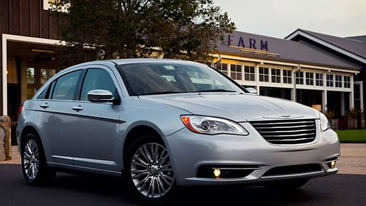 Chrysler recalling nearly half a million vehicles with active head restraints