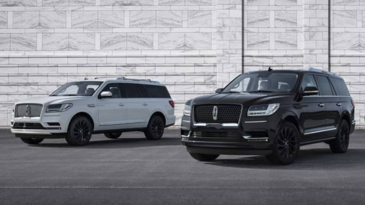 2020 Lincoln Navigator now has an option for chrome haters