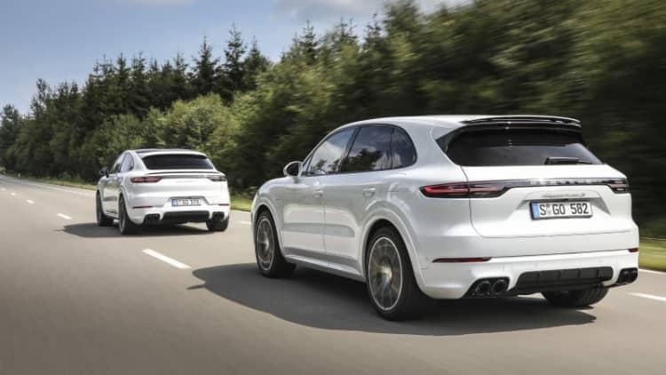 2020 Porsche Cayenne hybrid models bring the power