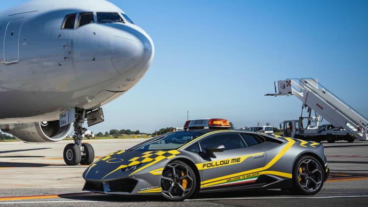 Bologna airport has a Lamborghini Huracán taxi car