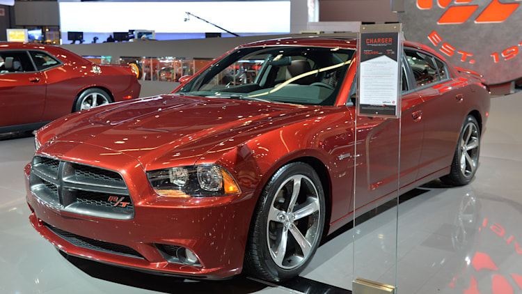 2014 dodge charger 100th anniversary edition la 2013. Black Bedroom Furniture Sets. Home Design Ideas