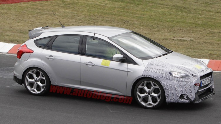 2015 ford focus rs spy shots photo gallery autoblog. Black Bedroom Furniture Sets. Home Design Ideas