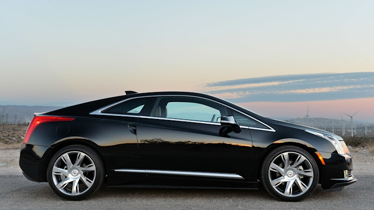 2014 cadillac elr review photo gallery autoblog. Black Bedroom Furniture Sets. Home Design Ideas