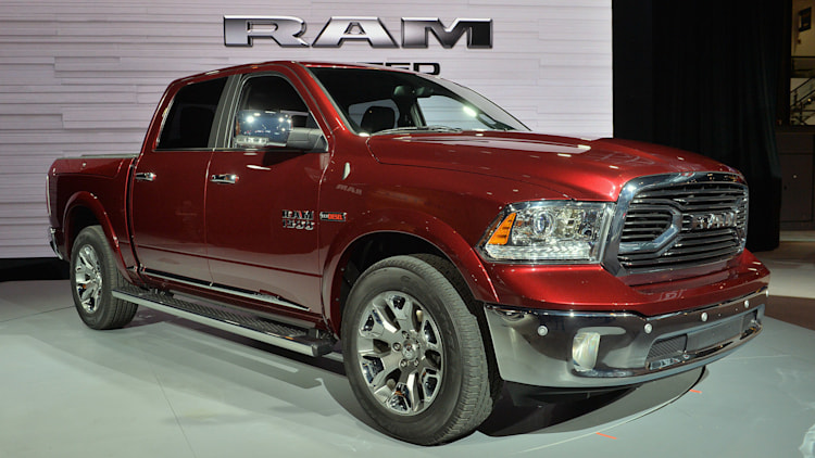 2016 ram laramie limited chicago 2015 photo gallery autoblog. Black Bedroom Furniture Sets. Home Design Ideas