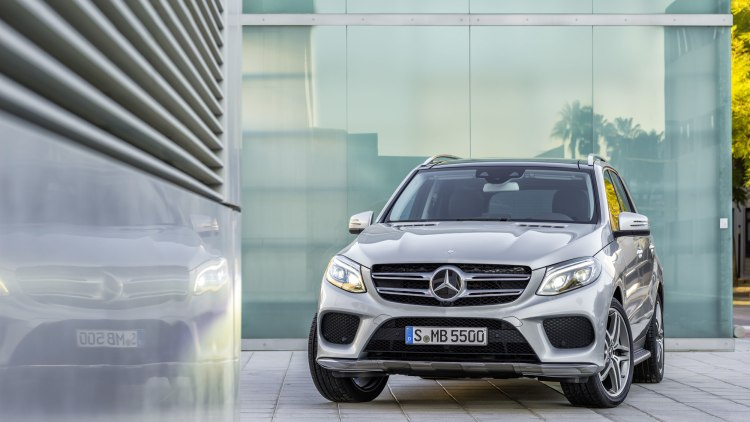 2016 mercedes benz gle550e photo gallery autoblog. Black Bedroom Furniture Sets. Home Design Ideas