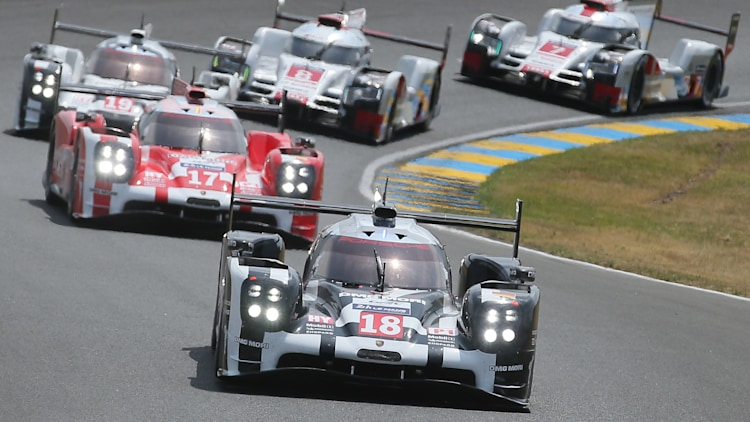 2015 24 hours of le mans photo gallery autoblog. Black Bedroom Furniture Sets. Home Design Ideas