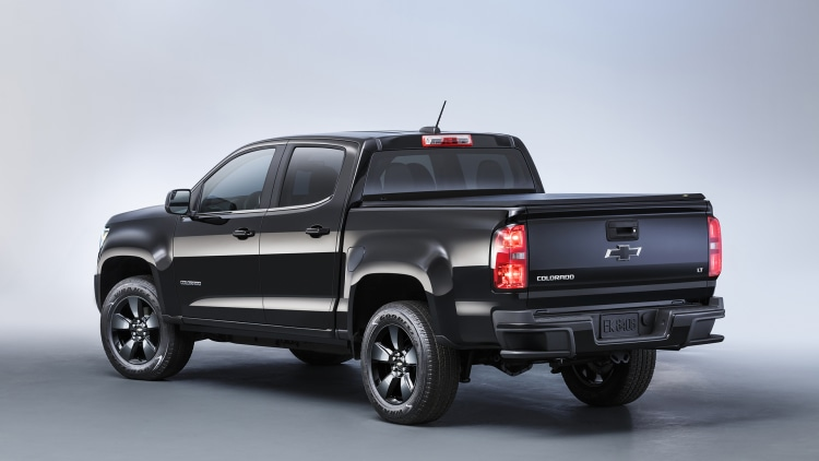 2016 chevrolet colorado midnight edition photo gallery autoblog. Black Bedroom Furniture Sets. Home Design Ideas