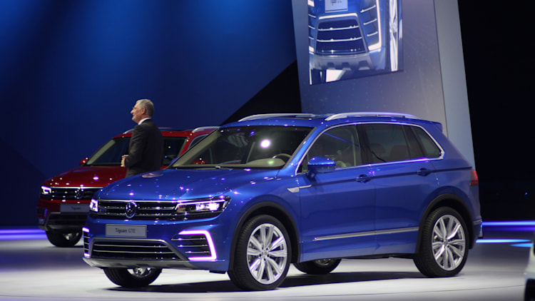 Volkswagen tiguan gte frankfurt 2015 photo gallery autoblog for Interieur tiguan 2017