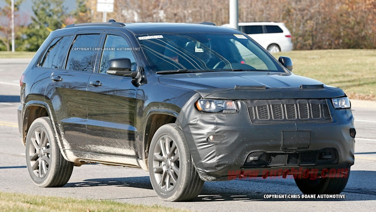 2017 jeep grand cherokee spy shots photo gallery autoblog. Black Bedroom Furniture Sets. Home Design Ideas