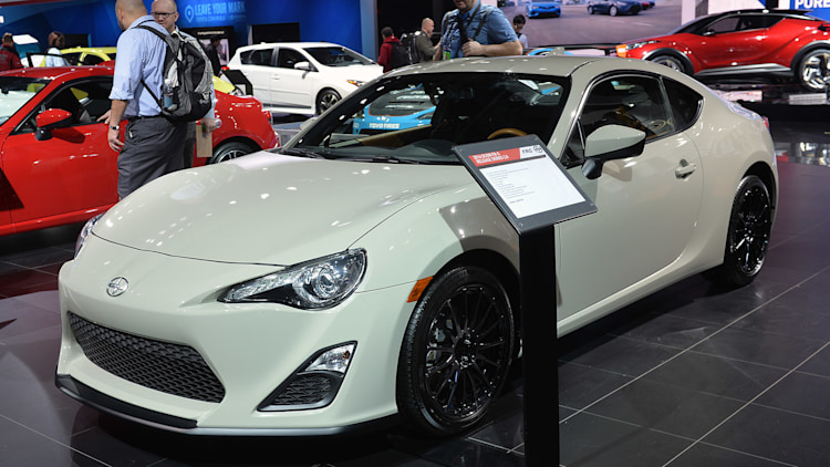 2016 scion fr s release series 2 0 detroit 2015 photo gallery autoblog. Black Bedroom Furniture Sets. Home Design Ideas