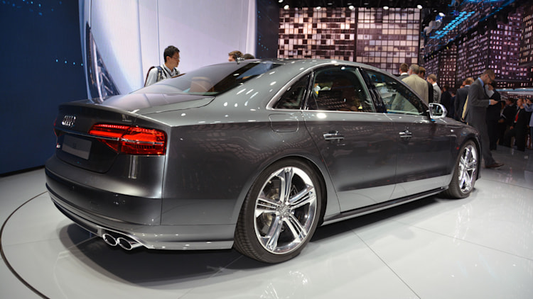 2014 audi s8 frankfurt 2013 photo gallery autoblog. Black Bedroom Furniture Sets. Home Design Ideas