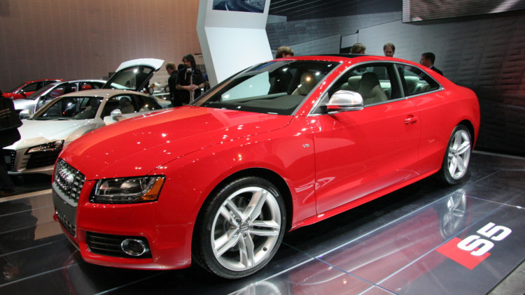 live shots of audi a5 and s5 photo gallery autoblog. Black Bedroom Furniture Sets. Home Design Ideas