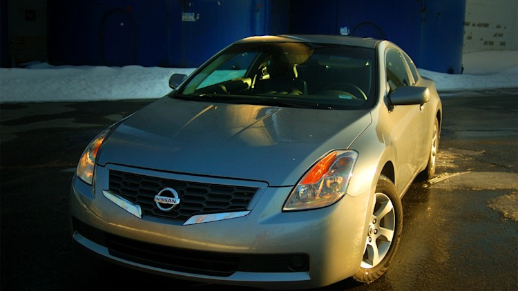 Review: 2008 Nissan Altima Coupe 2.5S Photo Gallery | Autoblog