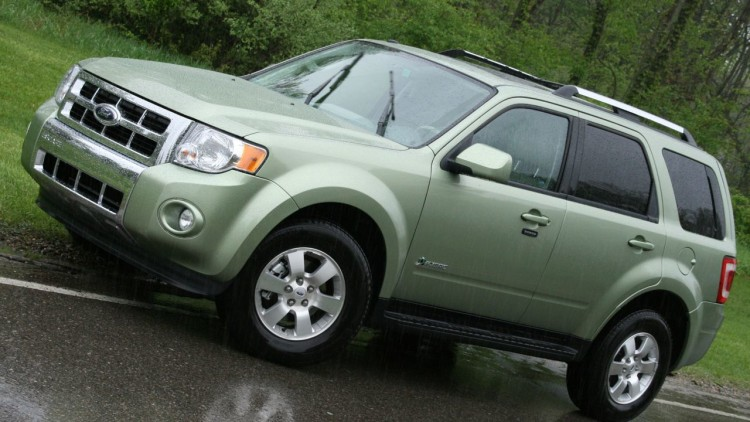 first drive 2009 ford escape photo gallery autoblog. Black Bedroom Furniture Sets. Home Design Ideas
