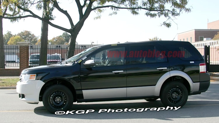 ford explorer unibody spy shots photo gallery autoblog. Black Bedroom Furniture Sets. Home Design Ideas