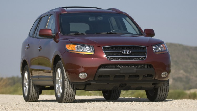 in the autoblog garage 2008 hyundai santa fe limited awd photo gallery autoblog. Black Bedroom Furniture Sets. Home Design Ideas
