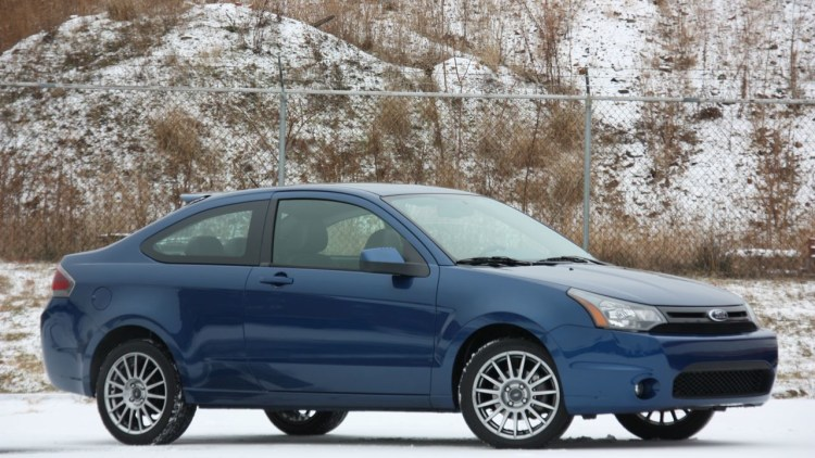 Review  2009 Ford Focus Ses Coupe Photo Gallery