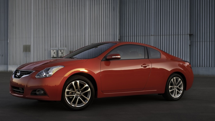2010 Nissan Altima Coupe Photo Gallery Autoblog