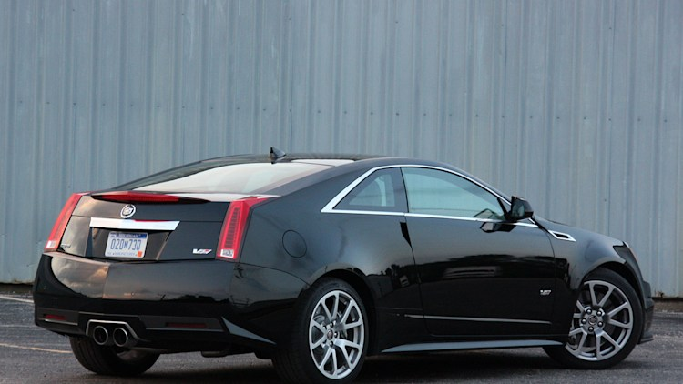 first drive 2011 cadillac cts v coupe photo gallery autoblog. Black Bedroom Furniture Sets. Home Design Ideas