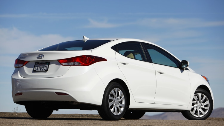 2011 Hyundai Elantra First Drive Photo Gallery Autoblog