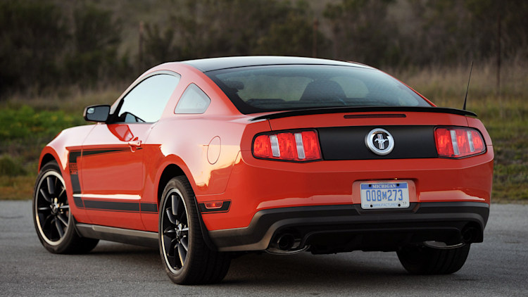 2012 ford mustang boss 302 first drive photo gallery. Black Bedroom Furniture Sets. Home Design Ideas