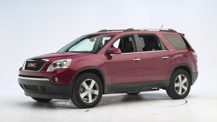 iihs roof test on 2011 honda odyssey and gmc acadia photo. Black Bedroom Furniture Sets. Home Design Ideas