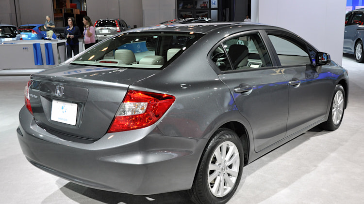2012 honda civic sedan new york 2011 photo gallery autoblog. Black Bedroom Furniture Sets. Home Design Ideas