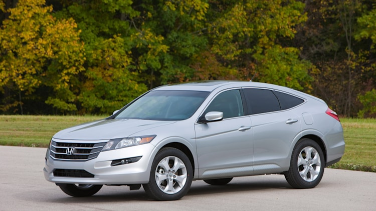 2012 honda crosstour photo gallery autoblog. Black Bedroom Furniture Sets. Home Design Ideas