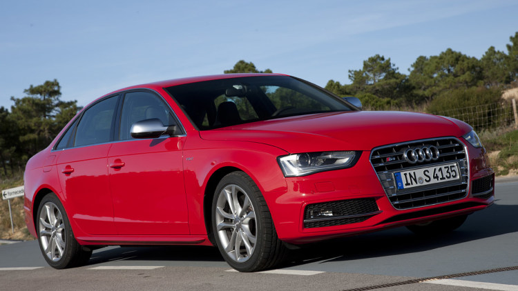 2013 audi s4 first drive photo gallery autoblog. Black Bedroom Furniture Sets. Home Design Ideas