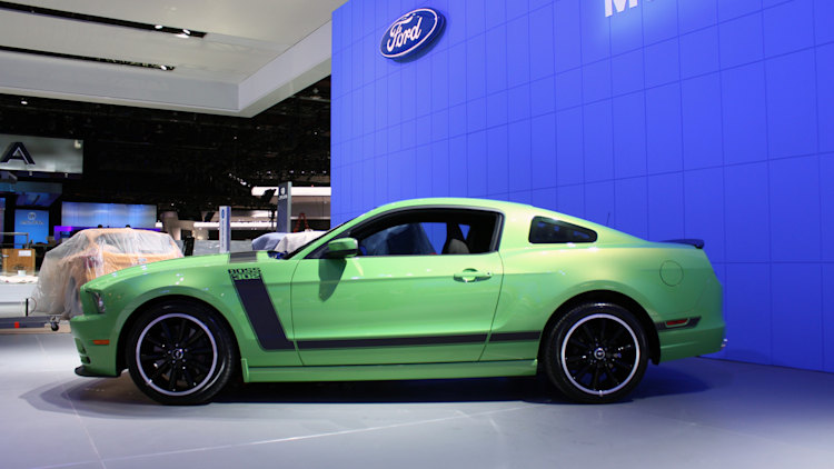 2013 ford mustang boss 302 gotta have it green photo. Black Bedroom Furniture Sets. Home Design Ideas