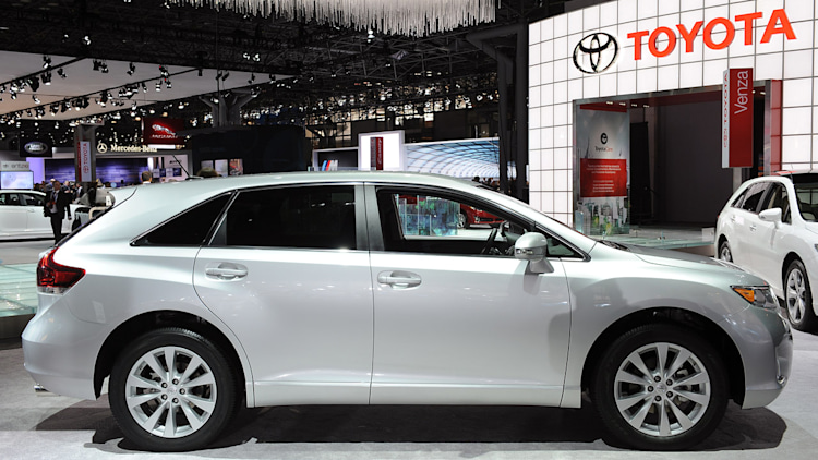 2013 toyota venza new york 2012 aug 8 2013 photo gallery autoblog. Black Bedroom Furniture Sets. Home Design Ideas