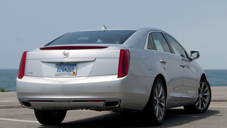 2013 cadillac xts first drive photo gallery autoblog. Black Bedroom Furniture Sets. Home Design Ideas