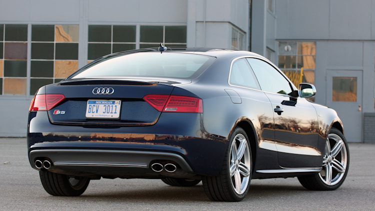 2013 audi s5 coupe quick spin photo gallery autoblog. Black Bedroom Furniture Sets. Home Design Ideas