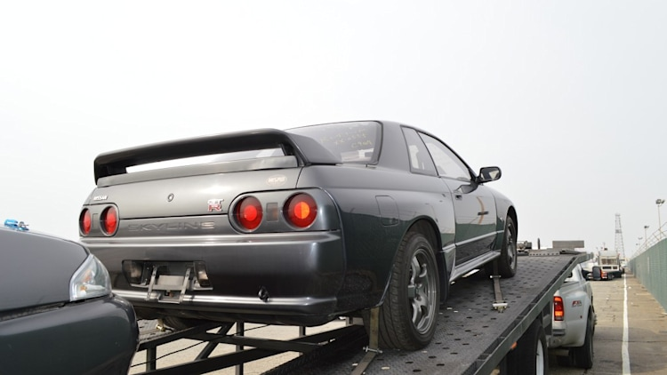 nissan r32 skyline show and display photo gallery autoblog. Black Bedroom Furniture Sets. Home Design Ideas