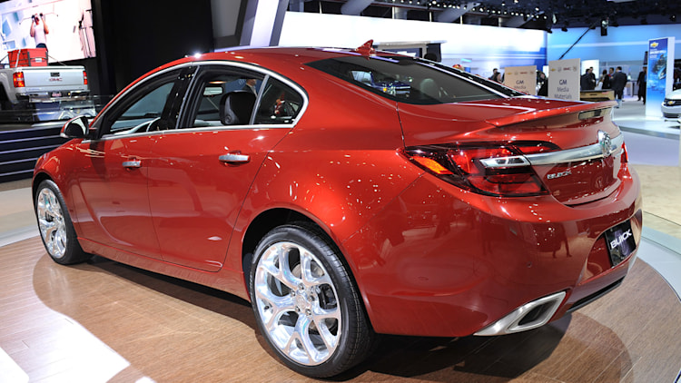 2014 buick regal gs new york 2013 photo gallery autoblog. Black Bedroom Furniture Sets. Home Design Ideas