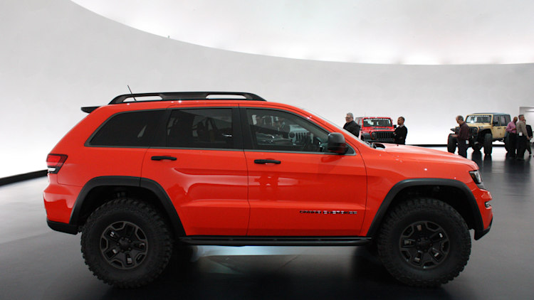 jeep grand cherokee trailhawk ii concept photo gallery autoblog. Black Bedroom Furniture Sets. Home Design Ideas