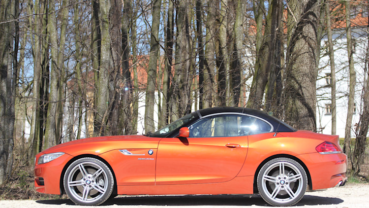 2014 bmw z4 sdrive35is quick spin photo gallery autoblog. Black Bedroom Furniture Sets. Home Design Ideas