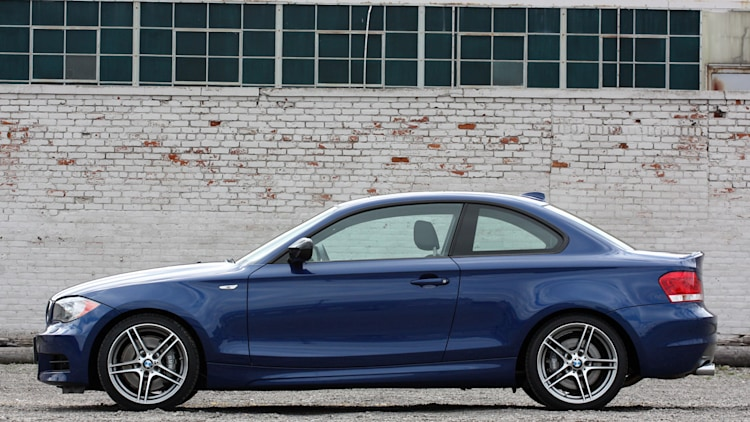 2013 bmw 135is review photo gallery autoblog. Black Bedroom Furniture Sets. Home Design Ideas
