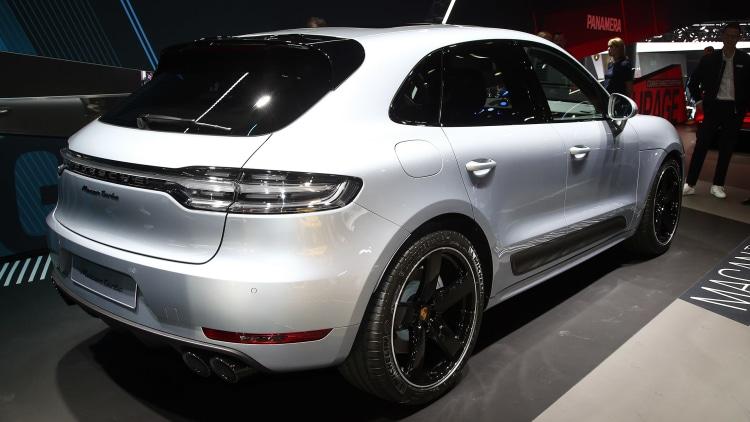 2020 Porsche Macan Turbo: Frankfurt 2019 Photo Gallery ...