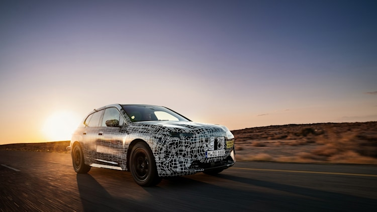 2021 BMW Vision iNext prototype hot weather testing Photo ...