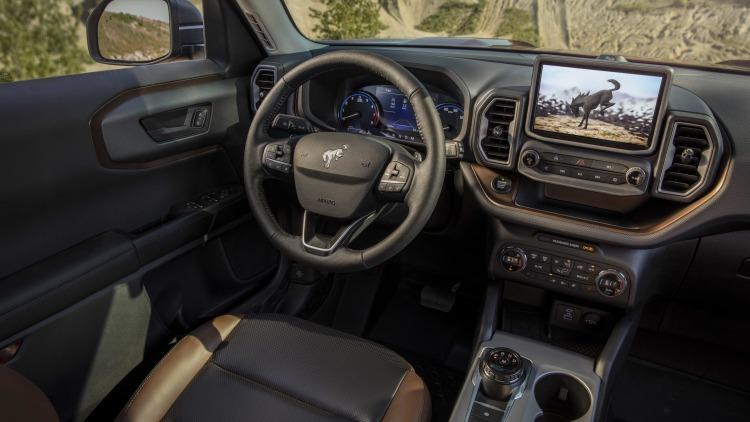 2021 Ford Bronco Sport interior Photo Gallery | Autoblog