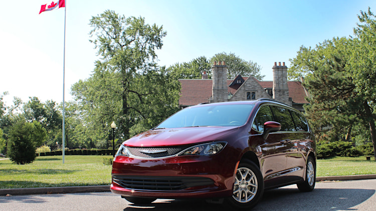 2021 Chrysler Grand Caravan Photo Gallery | Autoblog
