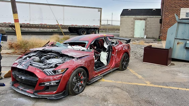 ford mustang shelby gt500 killedfirefighters photo