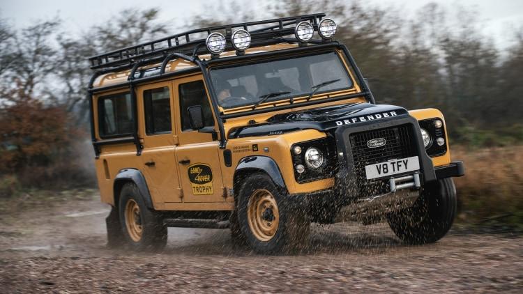 2021 Land Rover Classic Defender Works V8 Trophy Photo ...