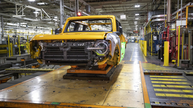 2021 Ford Bronco production start   Autoblog