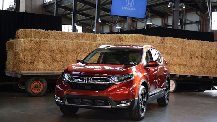 2017 Honda CR-V Reveal Photo Gallery - Autoblog