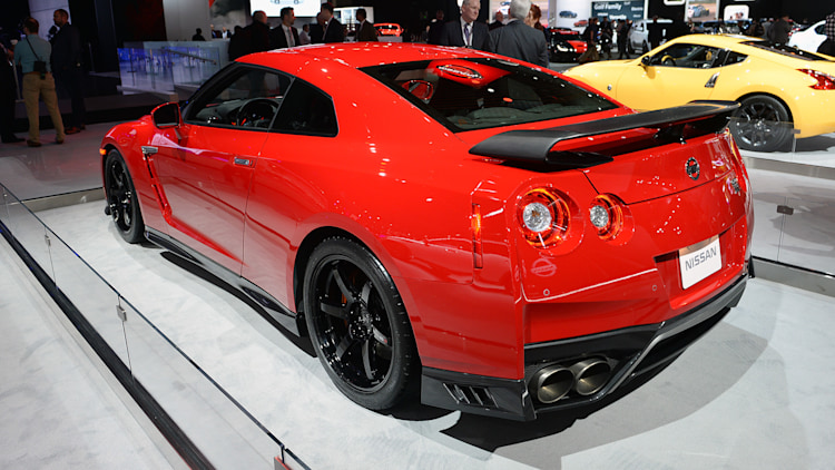 2017 nissan gt r track edition new york 2017 photo. Black Bedroom Furniture Sets. Home Design Ideas