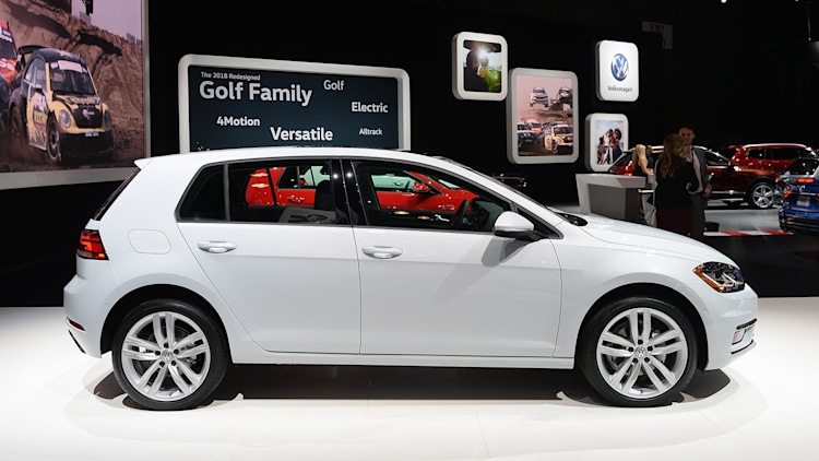 2018 Volkswagen Golf New York 2017 Photo Gallery Autoblog