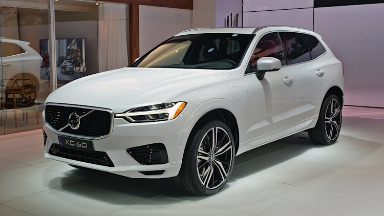 Volvo Certified Pre Owned >> 2018 Volvo XC60: New York 2017 Photo Gallery - Autoblog