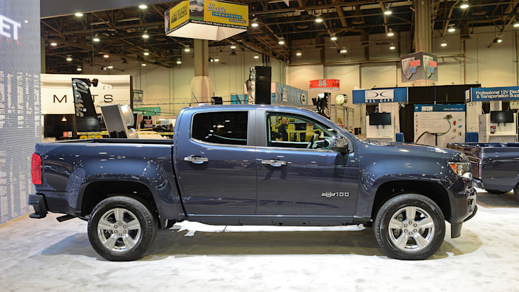 2018 chevrolet colorado centennial edition  sema 2017 photo gallery